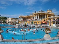 Szechenyi Bath in Budapest with 18 pools