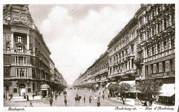 Andrassy Avenue at the beginning of the 20th century