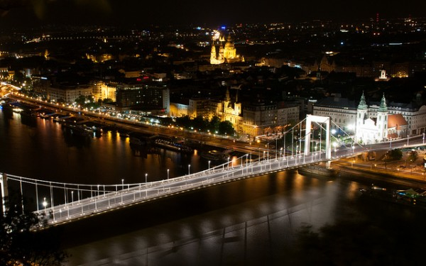 The new Elisabeth Bridge in Budapest
