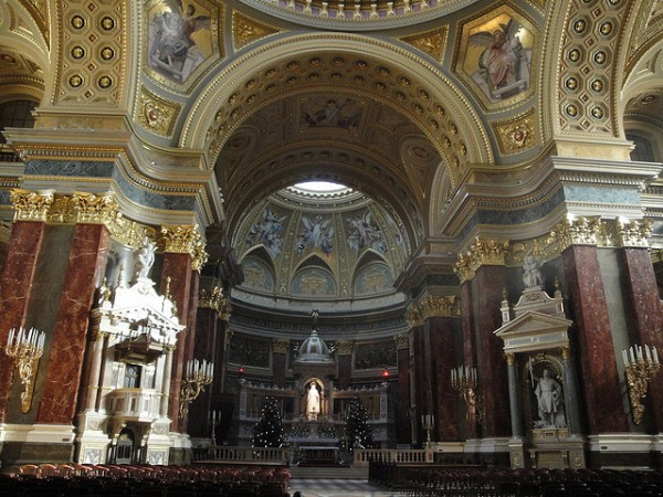 The interior of the Saint Stephen Basilica